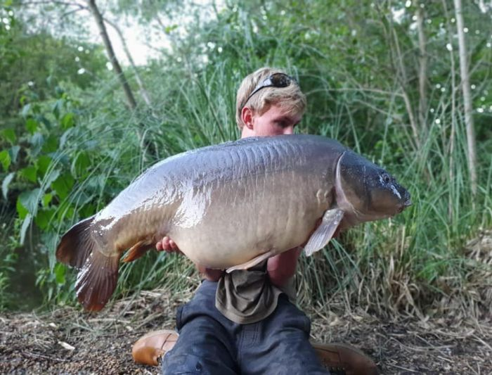 "Happy Days for James Parsons Jnr ""The Big Mirror"" at 43lb 12oz June 19"